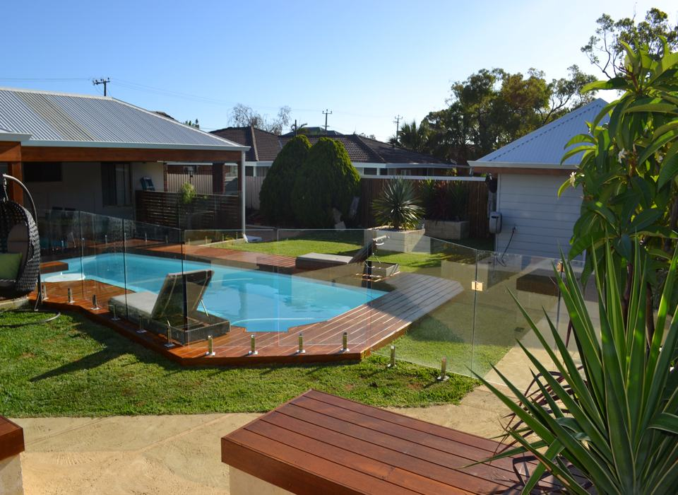 timber-decking-from-perth-outdoor-building-specialist-platinum-outdoors-8