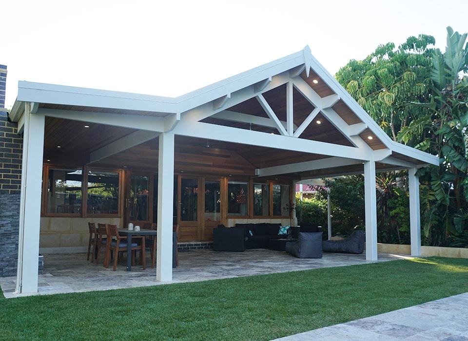 perth-patios-carports-decking-platinum-outdoors_APPLECROSS